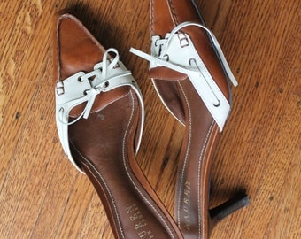 Womens Ralph Lauren Shoes / Brown Leather low heel shoes /Two Tone Shoes / Slip on kitten heels / Caramel Brown and Cream / 8.5