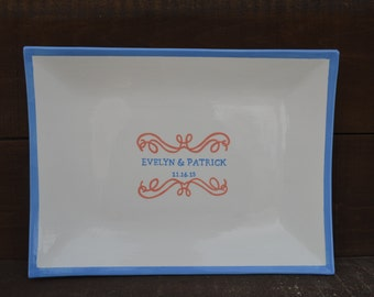 Custom Wedding Signature Guestbook Platter - Personalized with Names and Date - Scroll Border - Solid Edge