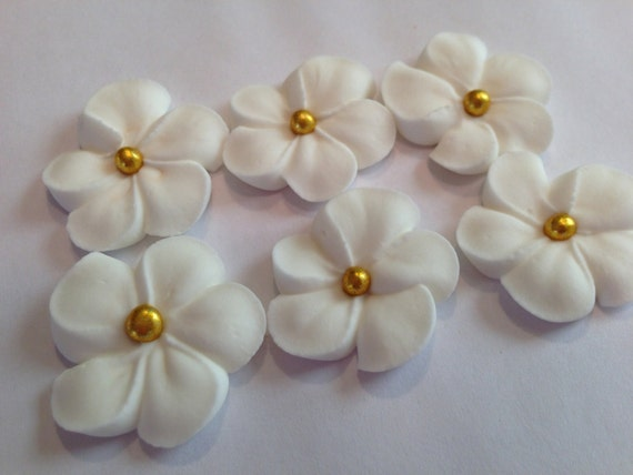 Cake Decorating Sugar Balls : LOT of 100 WHITE Royal Icing Flowers w/ gold sugar balls for