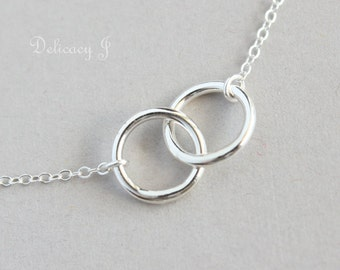 Interlock Circle Infinity Necklace in Sterling Silver, Two Circle Necklace, Eternity Couple Necklace, Friendship Necklace, Christmas gifts