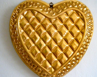 Copper Color Large Heart Mold, Jello Mould- Mold, Quilted Middle and Decorative Piped Edging, Pretty Kitchen Wall Decor