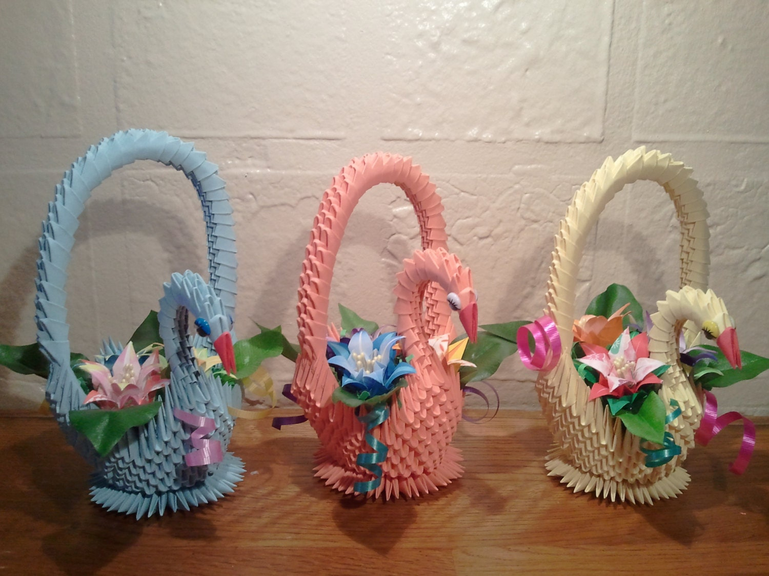 How To Make A Small Flower Basket : D origami swan basket with flowers