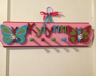 Personalized Butterfly Jewelry Hanger - Kids Jewelry Organizer - Chunky Necklace Holder with Butterflies