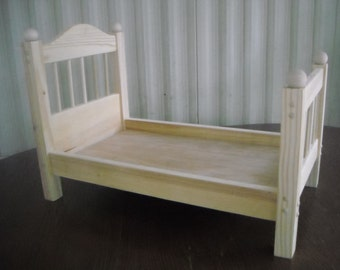 Handmade Spindle Doll Bed for 18 inch doll