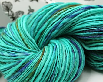 Handspun Yarn Gently Thick and Thin Single Superwash Merino 'Jade Palace'