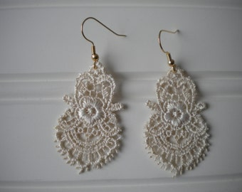 Lace Earrings in Ivory