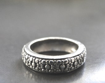 CRAZY SALE Sterling Silver Ring / Vintage Solid Sterling Silver Beaded Band / Gift for Her / Accessories / Classic Sterling Ring