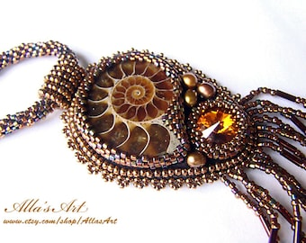 Nautilus seed bead necklace