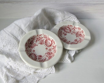 A Pair of Restaurant China Ashtrays / Red