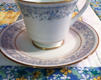 Vintage 1970's Iona 2180 Contemporary Noritake Tea Cup Set Dainty Blue and White Floral