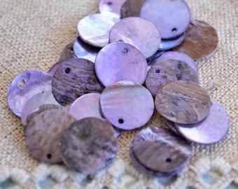 100pcs Mussel Shell Pendant Natural Drop 15mm Round Light Purple