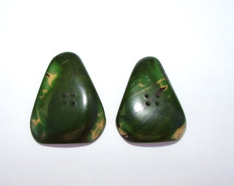 Two Forest Green Triangle Tagua Nut Buttons, EcoBeads 40, Natural Buttons, Organic Buttons, Vegetable Ivory Buttons