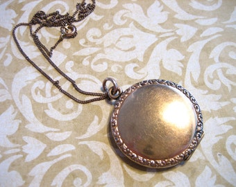 Antique Gold Filled Locket w Decorative Edge on Chain