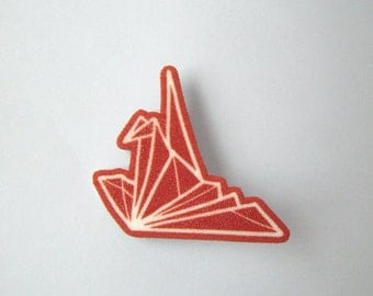 Origami brooch: Sitting Crane in red and white
