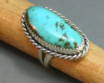 Ladies Turquoise and silver ring  modernest,  JS-rg-215