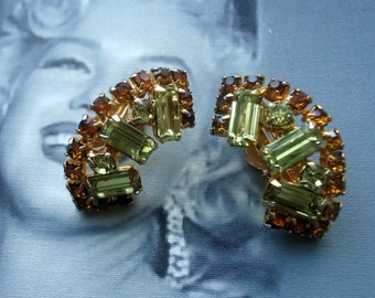 Unsigned Beauties Faux Periodot Baquette and Topaz Chaton Earrings