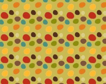 Giraffe Crossing Dots Green by Riley Blake Designers for Riley Blake, 1/2 yard