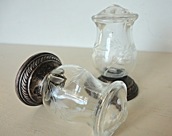 Vintage Crystal Salt Pepper Set Etched Glass Sterling Silver Alvin Serving Fine Dinning