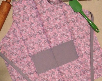 Children's apron YOUTH size pink grey white flowers medium apron