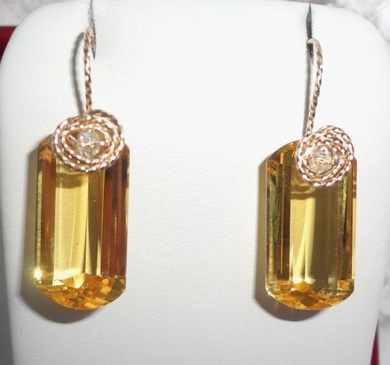 21 cts Natural Cushion cut Lemon Quartz gemstones, 14kt yellow gold Pierced Earrings