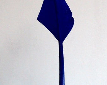 Large Arrowhead Quill - Navy