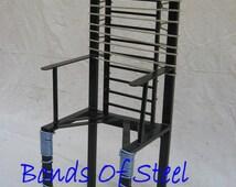 Queening BDSM Bondage Chair Bonds of Steel Mature