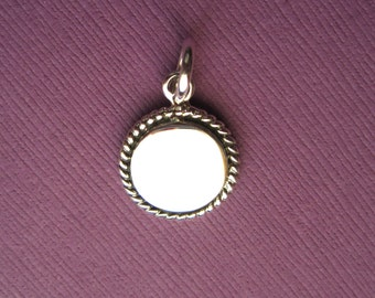 Sterling Silver  Blank Round Engraveable Medallion Pendant