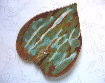 Southwest Flair Pottery Leaf Spoon Rest