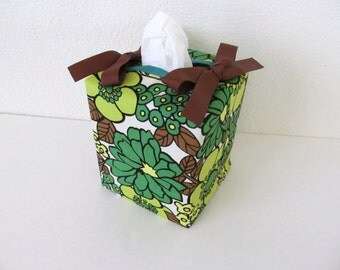 Tissue Box Cover/Green Flower x Brown Ribbon