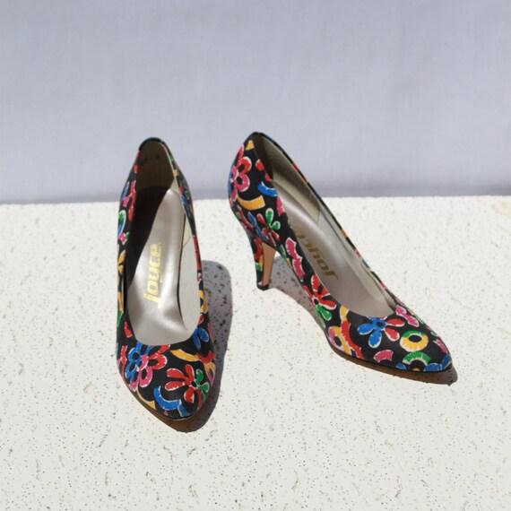 Festive, Funky, Floral Vintage Pumps - Excellent Condition - 1980s High Heel Shoes - Shoe Size 6.5 Womens