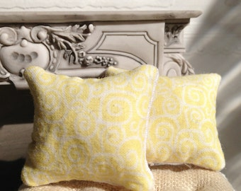 Miniature Decorator Pillows - Yellow swirl - Dollhouse Size