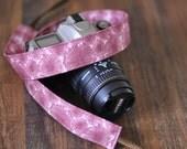 Canon Camera Strap dSLR / SLR Pretty Plum Purple Dandelion Floral - dSLR Camera Strap - Gift Ideas for Valentine's Day - Gifts under 30