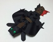 Toothless Inspired Dragon Ribbon Sculpture Hair Clip from How to Train Your Dragon