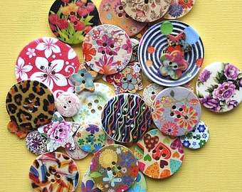 100 Painted Wooden Button Assortment Fabulous Grab Bag - BUT500