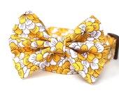 Yellow Dog Collar & Bow Tie / Boy Dog Collar / Floral Dog Collar / Dog Bowtie / Bow tie dog collar / Yellow Dog Collar with bow