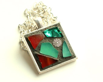 Beautiful Mosaic Pendant Necklace with Silver Plated Chain in Dark Red and Emerald Green