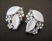 Vintage LISNER Rhinestone, Enamel, and Thermoset Flower Earrings