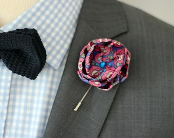 Lapel pin, Mens lapel flower Boutonniere, Wool Felt Lapel Flower pin, rose boutonniere, flower lapel pin, mens gift,