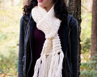 Knit Scarf, Off White Knit Scarf, Chunky Scarf, Scarf With Tassels, Pure Wool Scarf