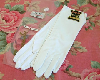 Crelon By Crescendoe Nylon Gloves With Matt Kid Grain