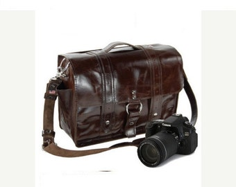 "14"" Molasses Newport Italian Leather Camera Bag"