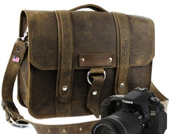 "14"" Distressed Tan Sonoma Voyager Leather Camera Bag - 14-V-DIS-LCAM"