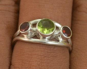 Sz 5.5 Inches Garnet Peridot 925 Sterling Silver Ring