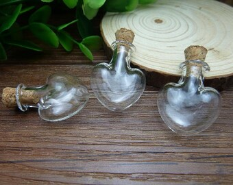5pcs 22x27mm Handmade Heart shaped Clear Glass Bottles  Clear Glass Globe/ Glass Bottle/ Glass Bulbs  N126