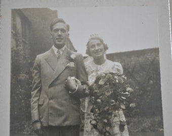 1938 - Antique wedding photograph - Black and white photography - Family party - Floral - Sepia