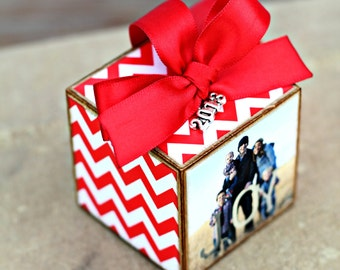 No.37 Christmas Chevron Custom Photo Block Ornament