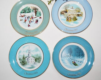 Vintage Christmas 70s Plates in Shades of Blue.