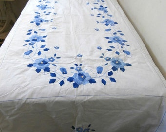Vintage Applique Tablecloth