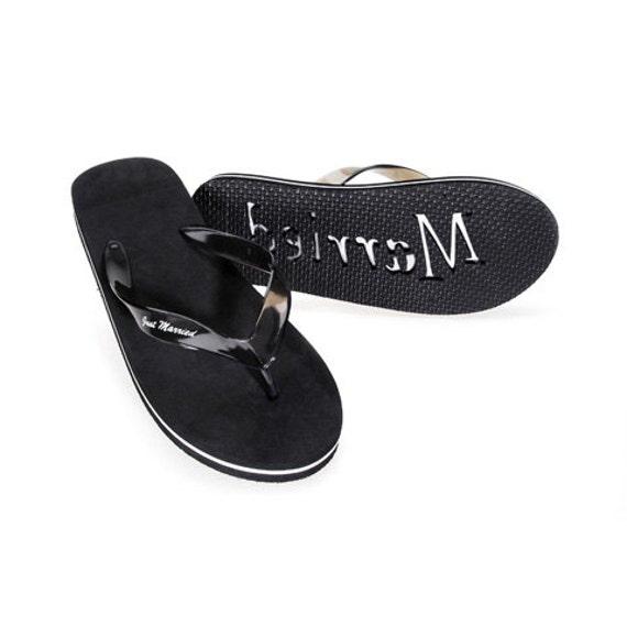 just married beach wedding black flip flop sandals groom. Black Bedroom Furniture Sets. Home Design Ideas