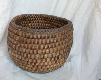 Antique Rye Basket, French Country Home, Handmade weaved basket, Country Cottage France, Rustic Wedding, Antique Storage, Coiled Rye basket